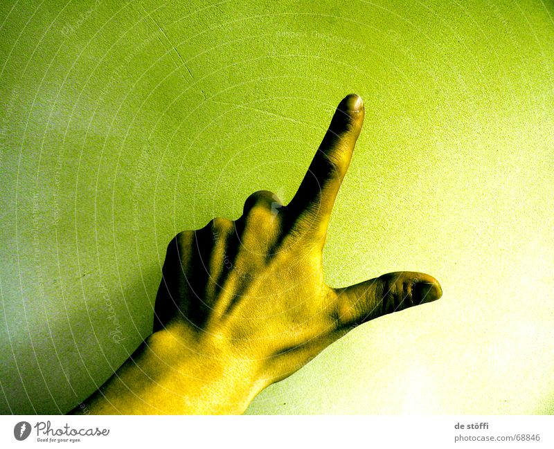 Hand Green 2 3 Fingers 5 Fingernail Progress Yellowness Irradiated Radioactivity