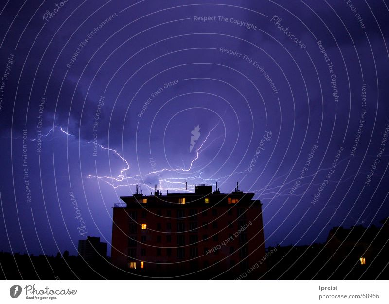 Sky Blue House (Residential Structure) Clouds Tall Closed Threat Lightning Thunder and lightning Vienna Flashy