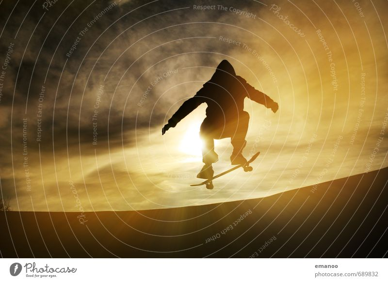 Ollie Lifestyle Style Joy Leisure and hobbies Sports Halfpipe Human being Young man Youth (Young adults) Body 1 Sky Clouds Sun Movement Driving Jump