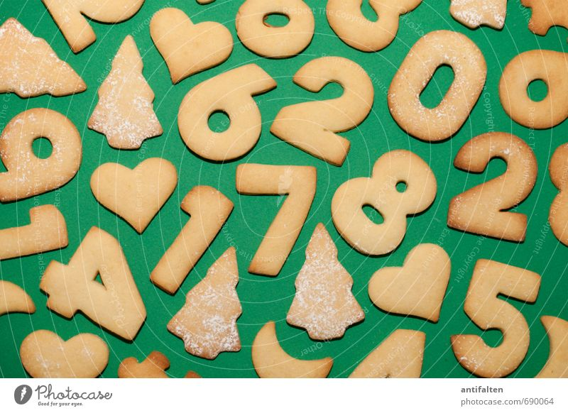 Cookienolling Food Dough Baked goods Cake Dessert Christmas biscuit Nutrition Eating To have a coffee Decoration Characters Digits and numbers Heart
