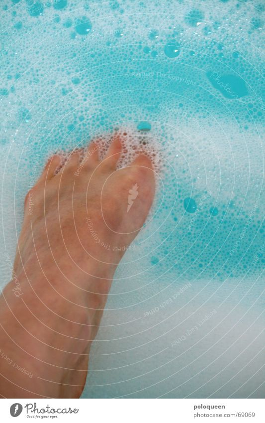 Water Blue Relaxation Feet Legs Swimming & Bathing Bathtub Toes Foam Foam bath