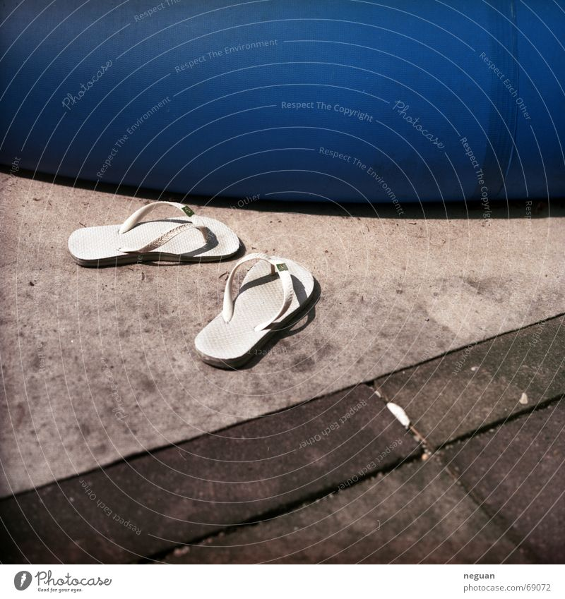 barefoot Summer Physics Swimming pool Barefoot Warmth Footwear Floor covering surface division Blue and and and Swimming & Bathing
