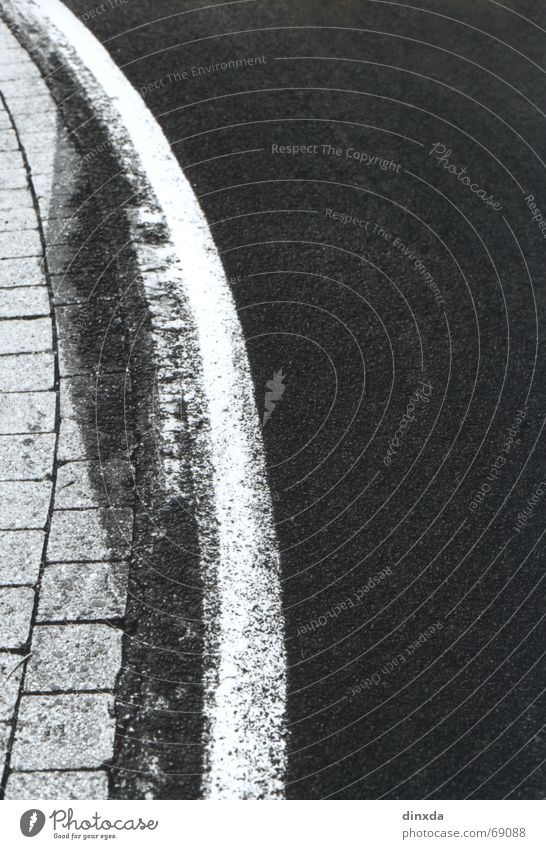 White Black Street Line Signs and labeling Asphalt Curve Bend Curb Wayside Lane markings