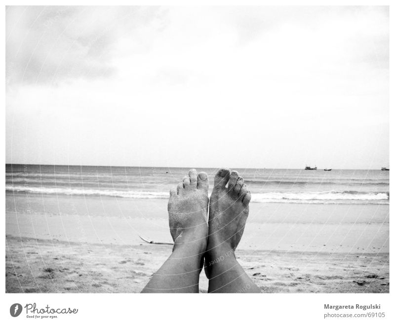 Toes by the sea Ocean Beach Watercraft Legs Feet Sky Sand Relaxation Sun Barefoot