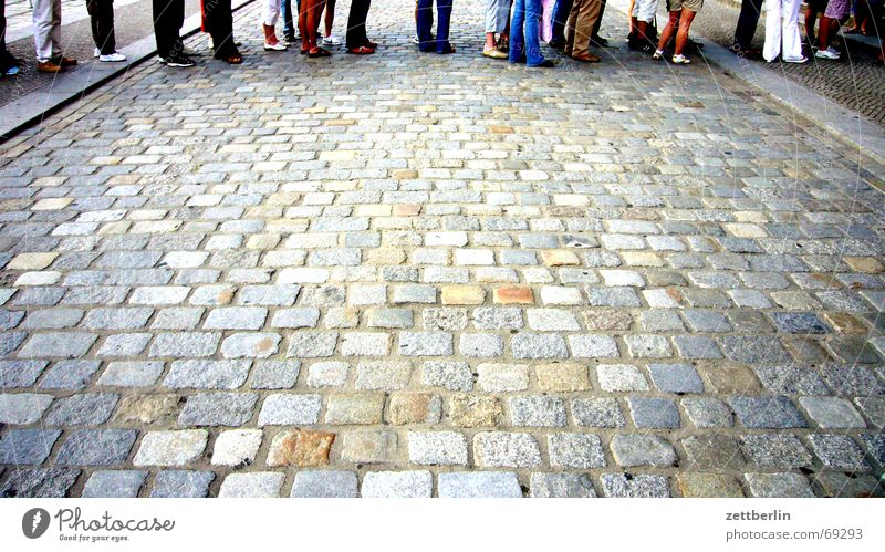 snake Queue Banana Employment office Endurance Wait bentware waiting number Patient Cobblestones Legs Stomach Street Reichstag 16:9 Paving stone
