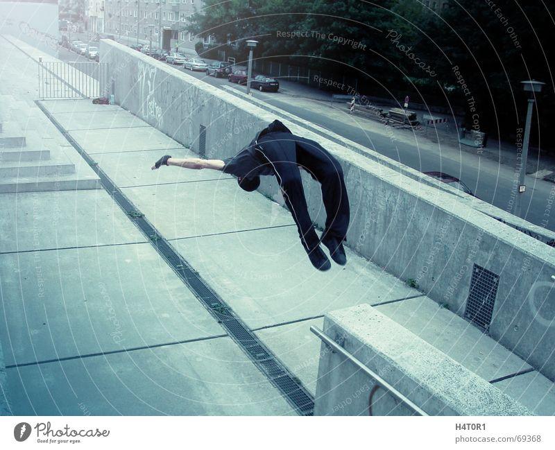Backflip Jack Parkour Style Back somersault Salto Jump Town Sports free running velodrome graffiti Architecture