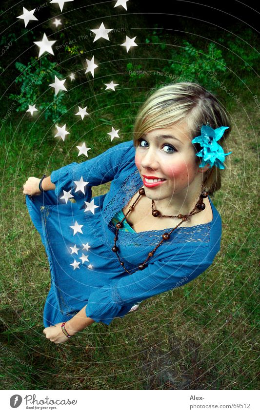 Woman Beautiful Girl Flower Loneliness Small Funny Blonde Large Star (Symbol) Sweet Cute Dress To fall Kitsch Catch