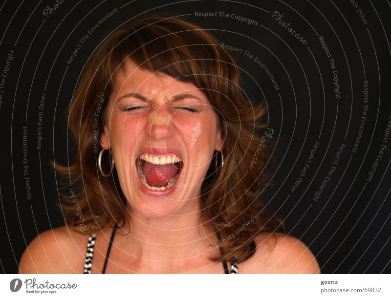 cry Woman Portrait photograph Scream Frustration Anger Aggression Romp Crash Pain Liberate