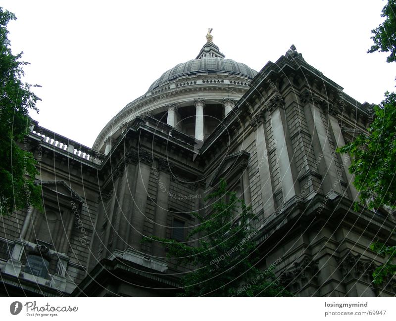 City Gray Religion and faith London Landmark England God Deities Cathedral Domed roof