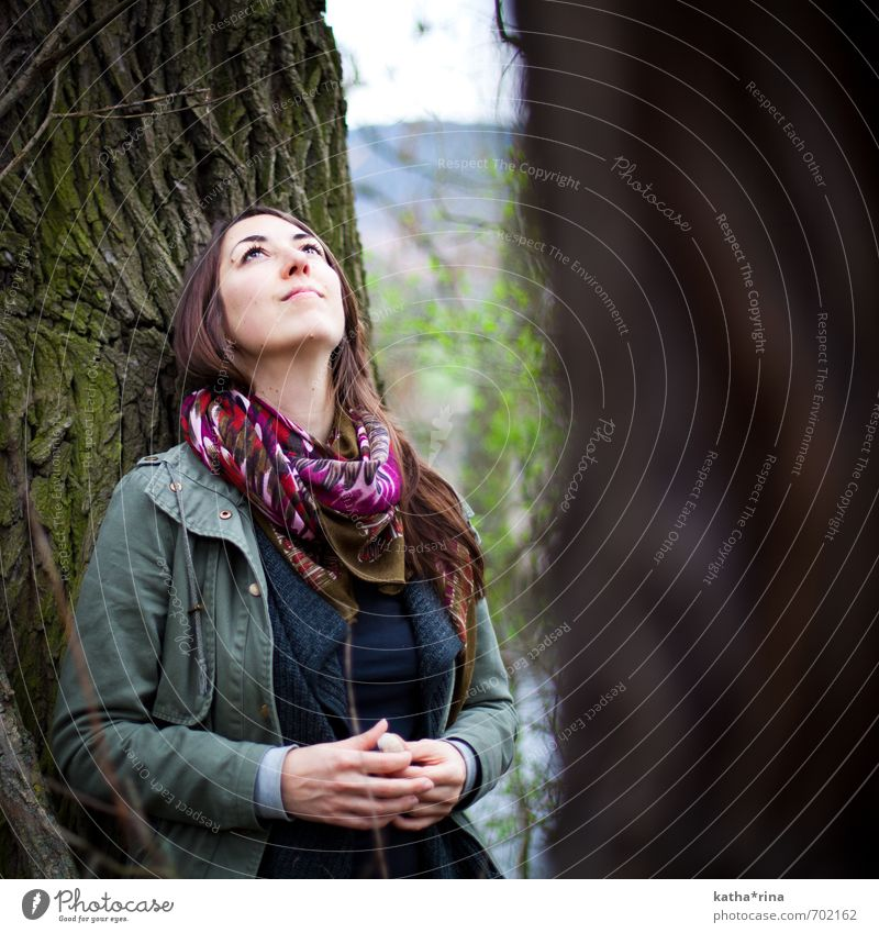 * Human being Feminine Young woman Youth (Young adults) 1 18 - 30 years Adults Nature Tree Jacket Scarf Brunette Long-haired Relaxation Dream Brown Green