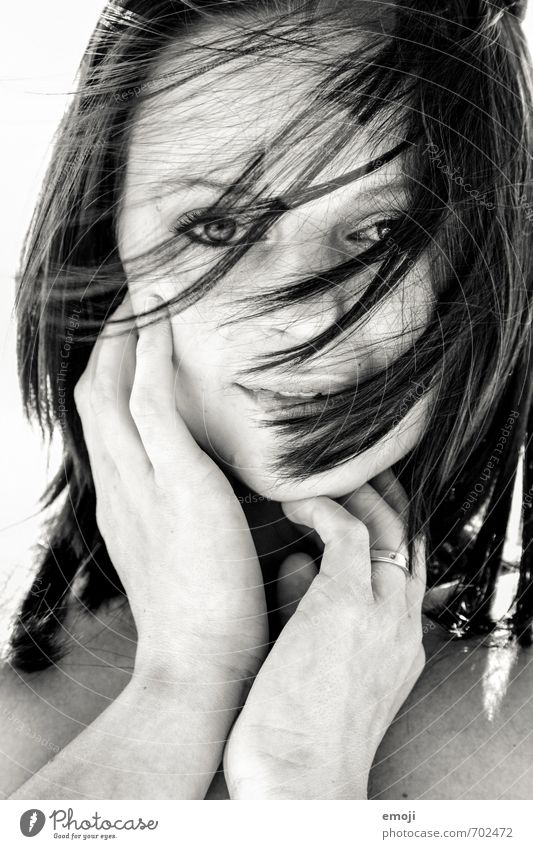 hide Feminine Young woman Youth (Young adults) Hair and hairstyles Face 1 Human being 18 - 30 years Adults Beautiful Eroticism Black & white photo Exterior shot