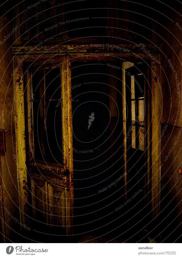 Bates Motel Hotel Dark Loneliness Eerie Ruin Door Old