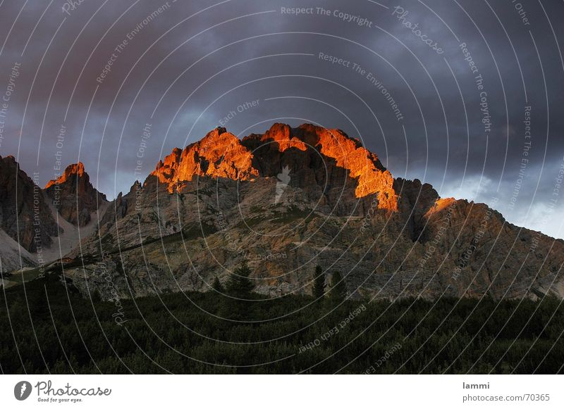 before the storm Clouds Threat Italy Dolomites Sunset Red Exterior shot Mountaineering landscape photograph Alps Climbing Thunder and lightning