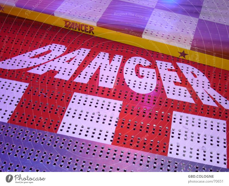 DANGER! Fairs & Carnivals Carousel Gäuboden folk festival Straubing Dangerous Multicoloured Breakdance danger Threat Floor covering metal floor