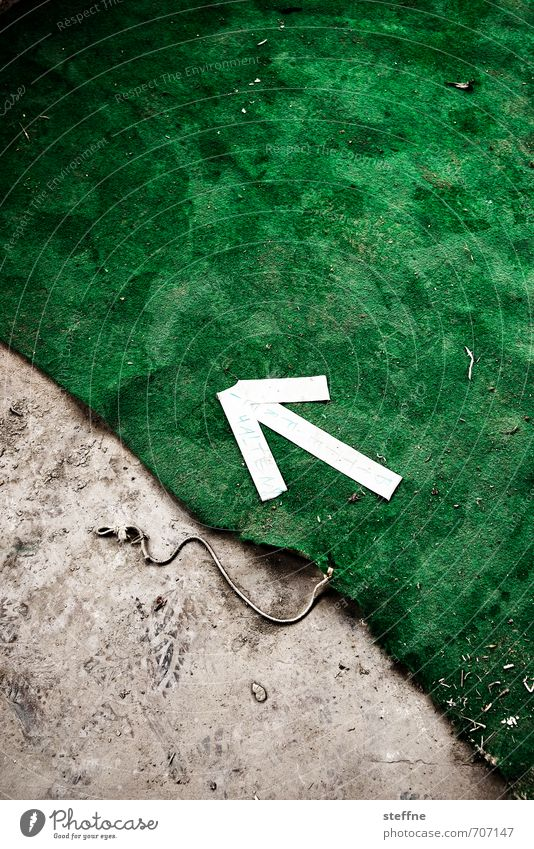 HALLE/S.-Tour | Please keep free Sign Signs and labeling Signage Warning sign Arrow Free Carpet Trend-setting Green Colour photo Interior shot Abstract Pattern