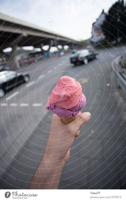 hand ice cream Nutrition Eating Happy Happiness Contentment Joie de vivre (Vitality) Spring fever Anticipation Ice cream Ice-cream cone Hand