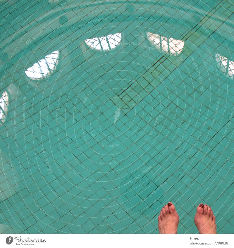 Human being City Water Relaxation Calm Window Life Feminine Sports Feet Leisure and hobbies Together Contentment Arrangement Sit Clean