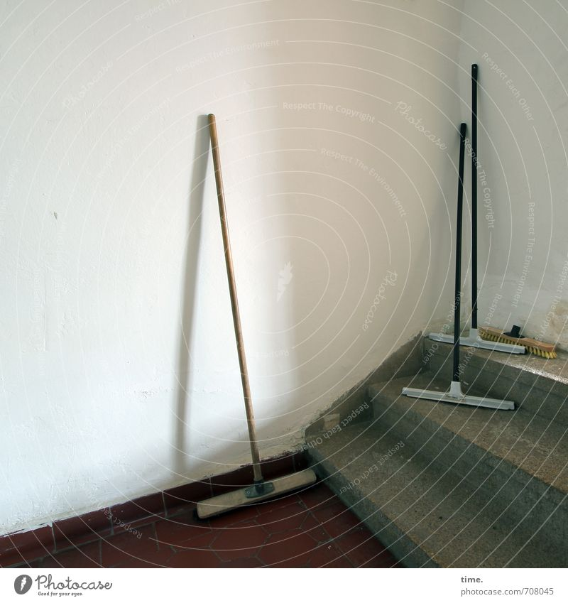 Wall (building) Lanes & trails Wall (barrier) Work and employment Stairs Arrangement Stand Clean Cleaning Attachment Services Hallway Workplace Halle (Saale) Passage Broom