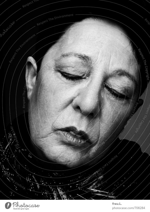 tired Human being Feminine Woman Adults Female senior 1 60 years and older Senior citizen Scarf Black-haired Short-haired Old Sleep Dream Faded Uniqueness