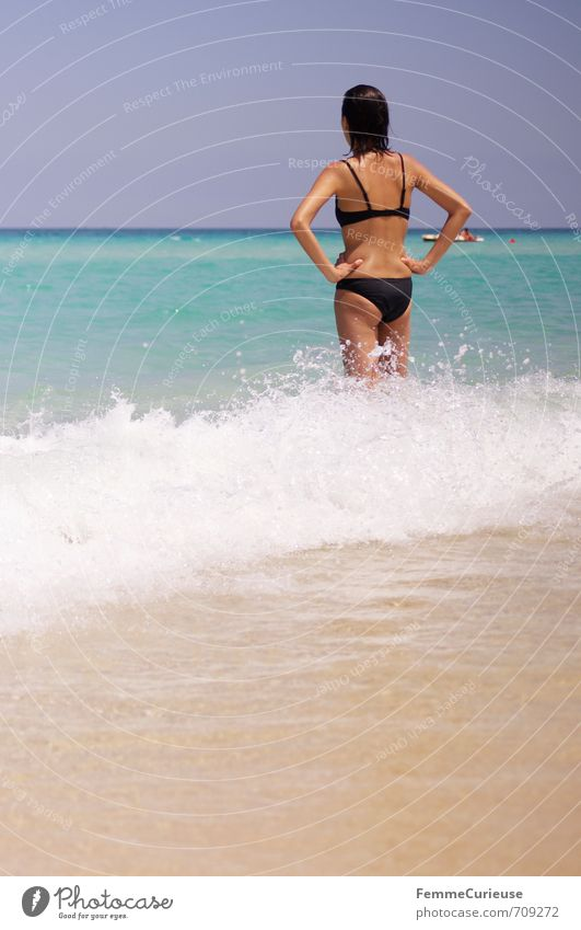 Beach time! (VI) Beautiful Feminine Young woman Youth (Young adults) Woman Adults Back 1 Human being 18 - 30 years Contentment Relaxation Experience