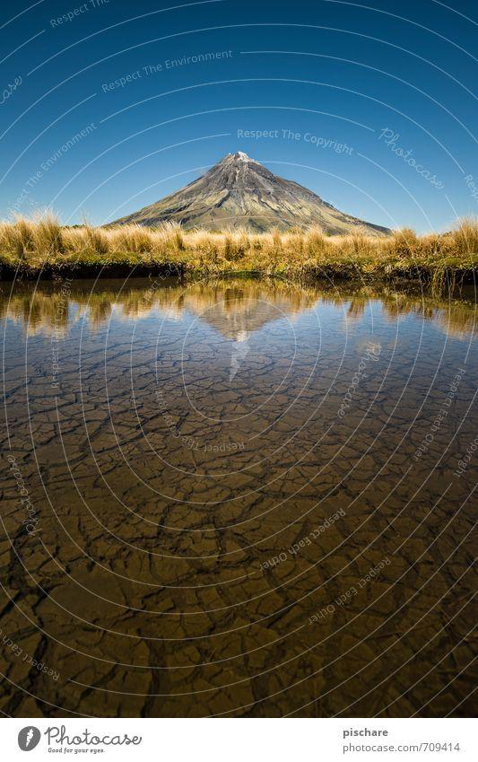 Nature Beautiful Water Landscape Earth Bushes Esthetic Beautiful weather Adventure Peak Cloudless sky Exotic Pond Gigantic Volcano New Zealand