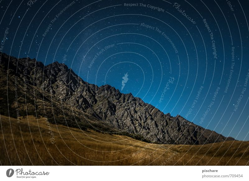 Remarkables / Night Nature Landscape Night sky Stars Beautiful weather Meadow Mountain Exceptional Dark Adventure Vacation & Travel New Zealand Queenstown