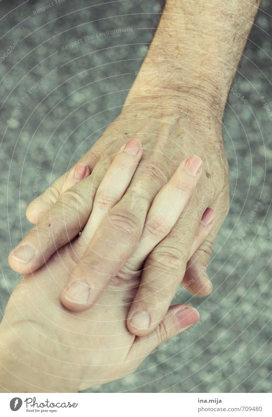 Daddy's protective hand II Human being Masculine Feminine Parents Adults Father Grandfather Family & Relations Youth (Young adults) Senior citizen Life Skin