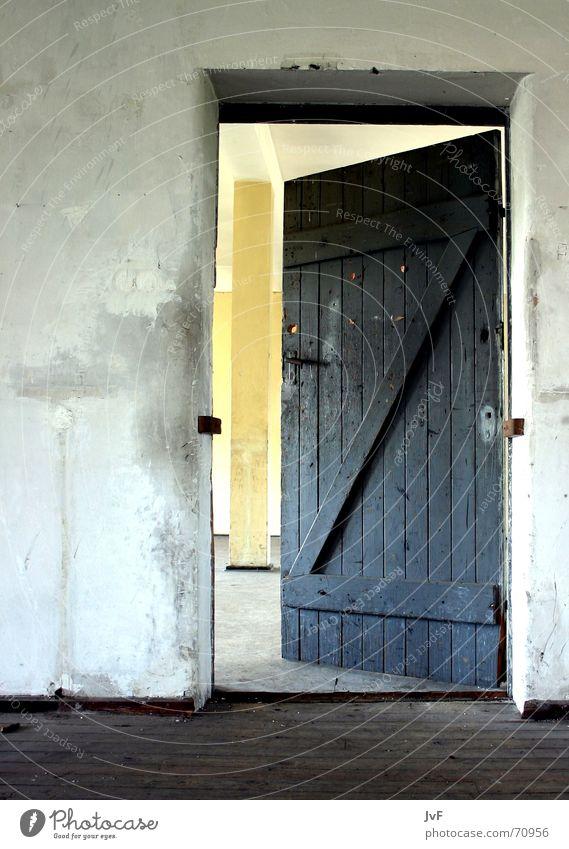 Old Room Door Open Decline Entrance Door handle Undo Military building
