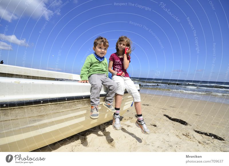 summer sun Baltic Sea Child Girl Boy (child) Brothers and sisters Sister Infancy 2 Human being 1 - 3 years Toddler 8 - 13 years Nature Sand Water Sky Clouds