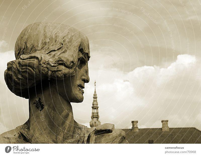 Statue Sepia Denmark Scandinavia Romeo and Juliet Kronborg Castle