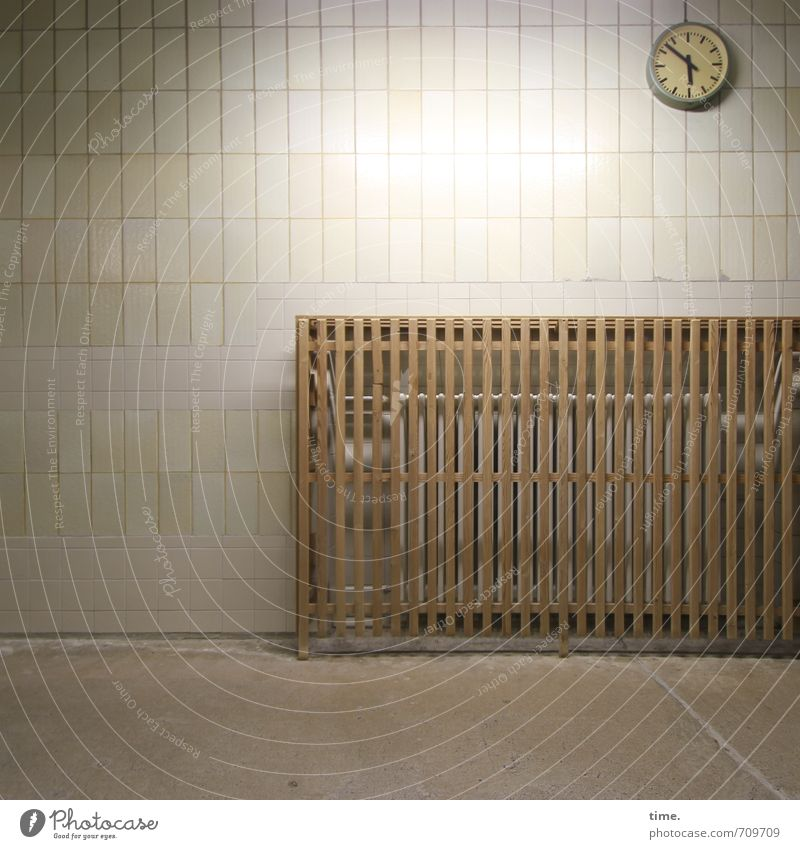 Vacation & Travel Relaxation Calm Wall (building) Lanes & trails Wall (barrier) Time Swimming & Bathing Design Leisure and hobbies Clock Break Protection