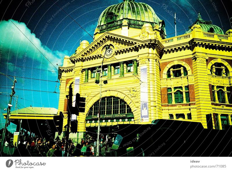 Finder Station Melbourne Australia Yellow station finder colorful day light staion training sation