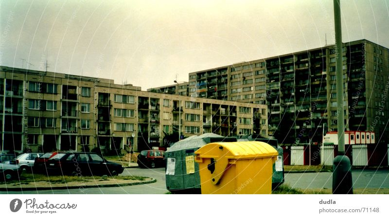 City House (Residential Structure) Yellow Car High-rise Trash Living or residing Hideous Trash container Keg Prague Settlement Suburb Czech Republic