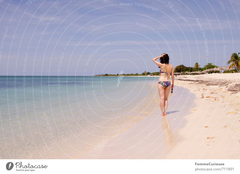 Beach time! (X) Feminine Young woman Youth (Young adults) Woman Adults 1 Human being 18 - 30 years Contentment Relaxation Experience Idyll Beautiful Dream
