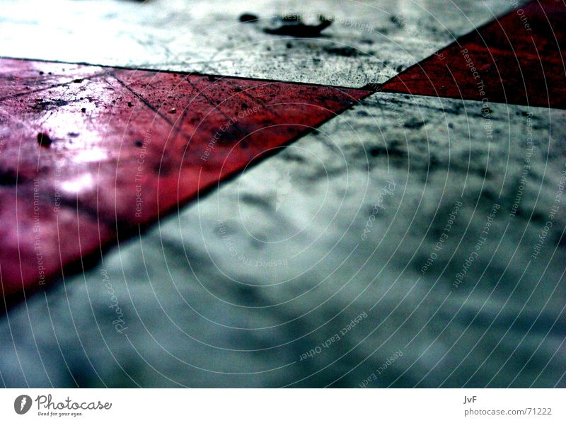 Old White Red Dirty Flat (apartment) Floor covering Broken Clean Cleaning Tile Smear Military building