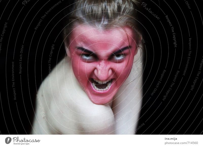 angry creepy red painted face Feasts & Celebrations Hallowe'en Human being Feminine Androgynous Young woman Youth (Young adults) 1 18 - 30 years Adults Fight