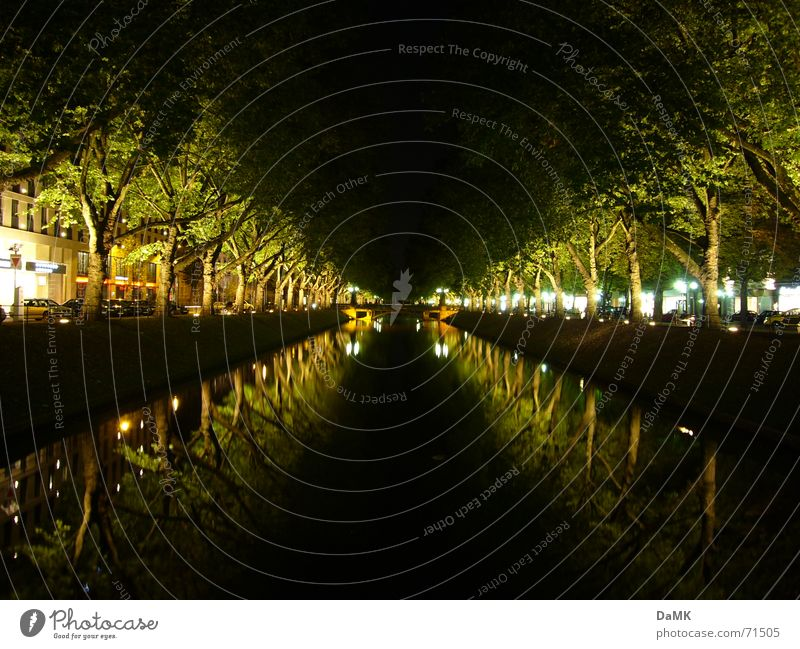 Kö-Graben Sunday night Night Town Downtown Calm Green Middle Relaxation Dark Light Water Dig Duck River Duesseldorf kö royal avenue