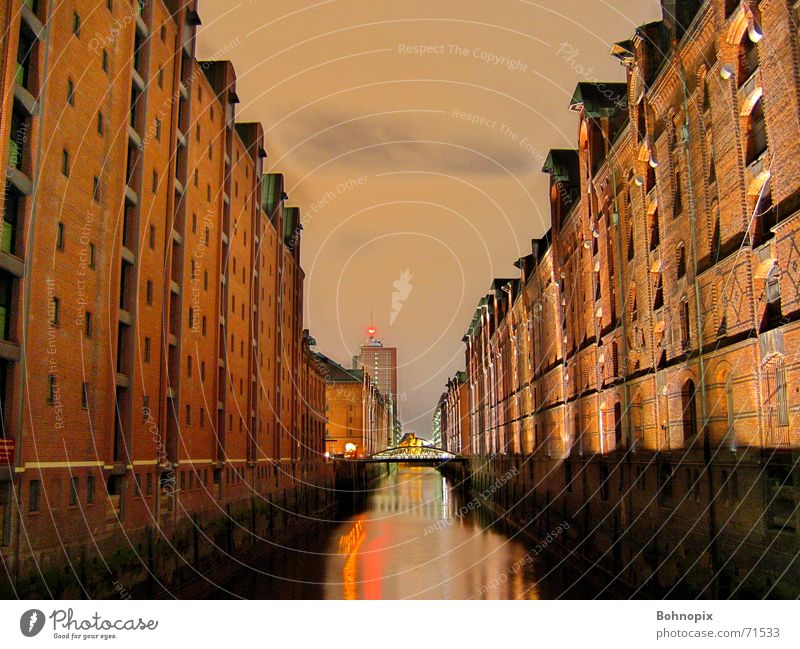 Speicherstadt Hamburg Night Dark Town Long exposure Old warehouse district Calm Serene DRI Freedom Beautiful