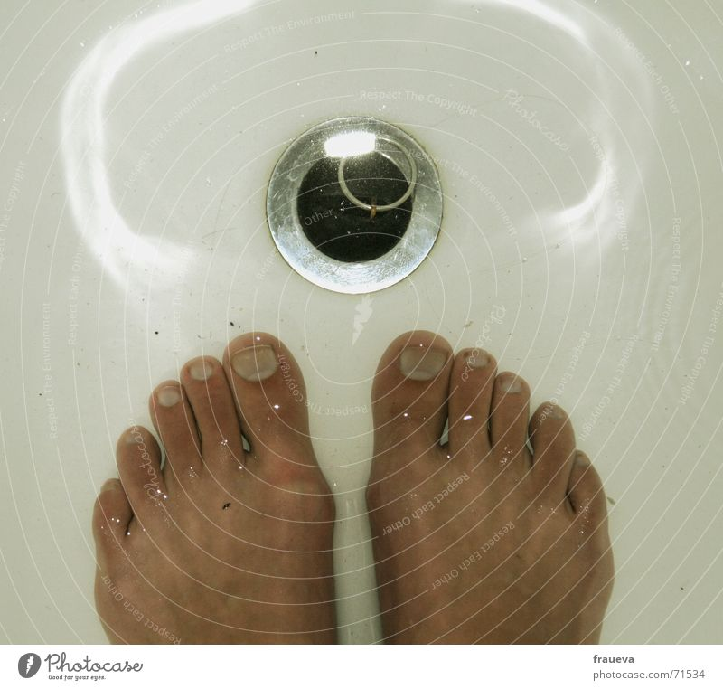 washer foot Toenail Bathroom Drainage Reflection Physics Bathtub Toes Stopper Cozy Pleasant Clean Jump Cleaning Navigation Feet Water Warmth Bright Skin Wash
