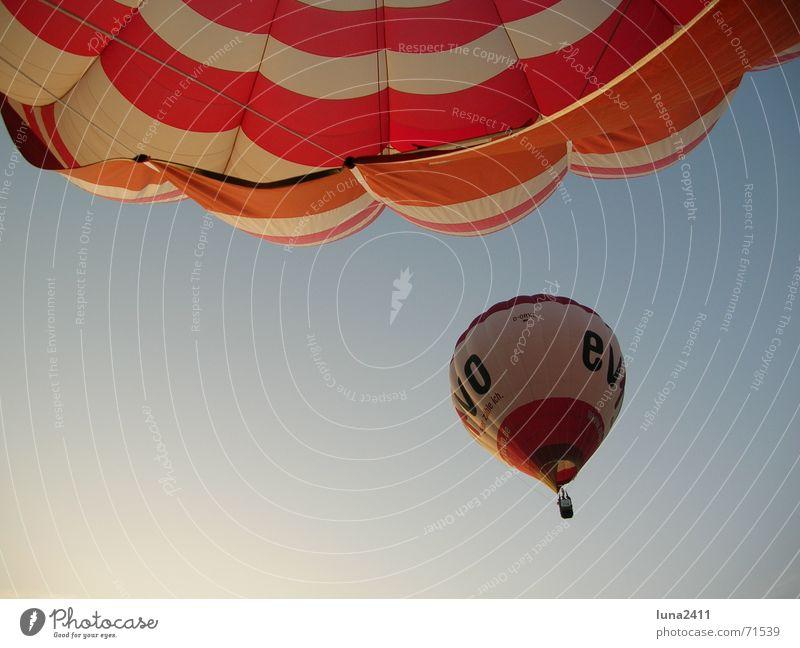 balloon ride Driving Red White Calm Glide 2 Hot Air Balloon Silk Morning Sunrise Blue Sky Wind evivo Sheath Balloon flight
