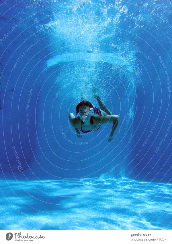 Holidays in the pool Swimming pool Dive Cooling Underwater photo Water refresh Joy Swimming & Bathing