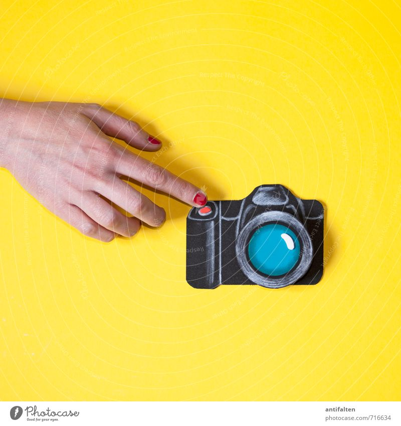 me & my camera Leisure and hobbies Handicraft Photography Take a photo Feminine Young woman Youth (Young adults) Woman Adults Life Skin Arm Fingers Forefinger