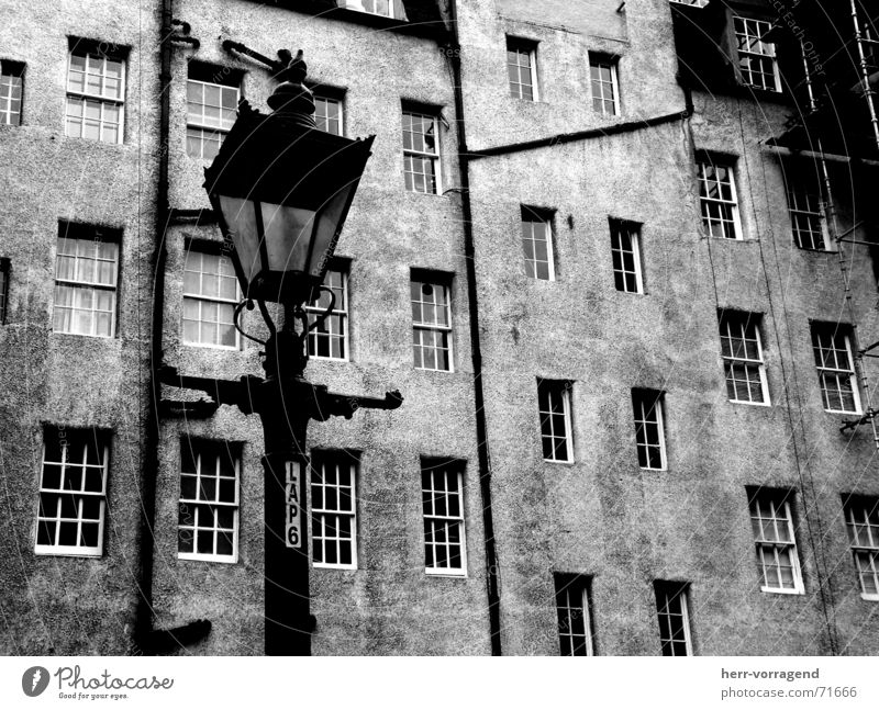 Scotland III Edinburgh House (Residential Structure) Window Lamp Lantern Scaffold Farm Interior courtyard Pipe