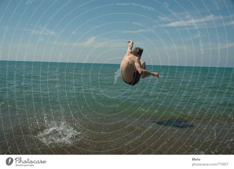 PINI-JUMP! Ocean Italy Jump Water waves man