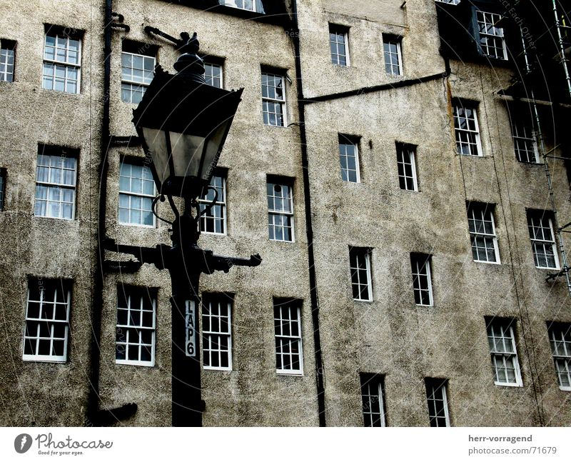 Scotland III Edinburgh House (Residential Structure) Window Lamp Lantern Dark Loneliness Dirty Scaffold Farm Interior courtyard Old Pipe