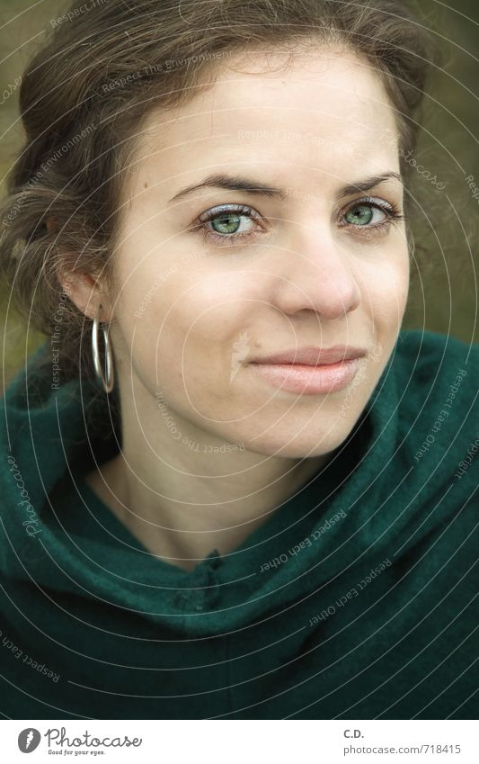 Judith Young woman Youth (Young adults) Head 18 - 30 years Adults Smiling Friendliness Natural Green Optimism Earring green eyes Eye color green Brunette