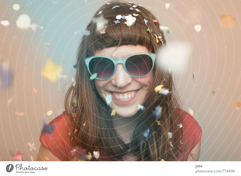 Happy Go Lucky Life Party Feasts & Celebrations Carnival New Year's Eve Birthday Human being Woman Adults Sunglasses Smiling Laughter Brash Happiness Cute