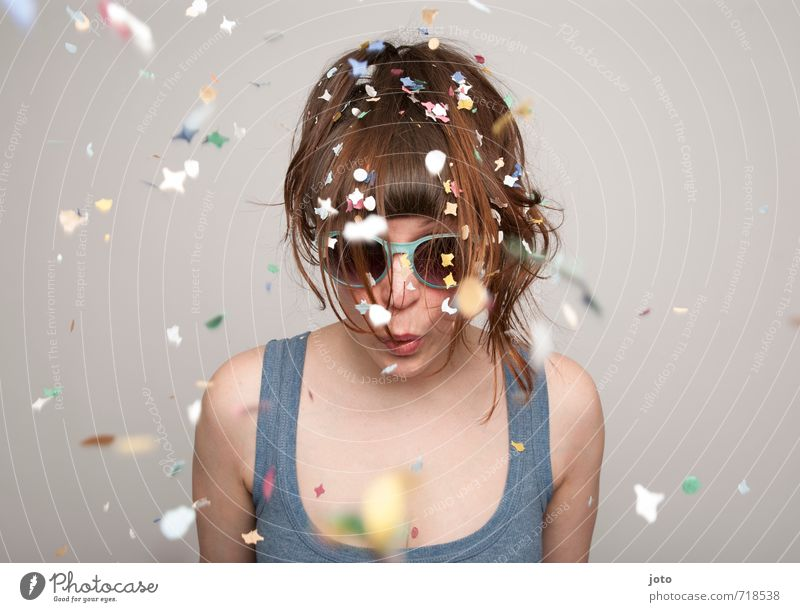 Confetti II Joy Life Contentment Party Feasts & Celebrations Carnival New Year's Eve Birthday Young woman Youth (Young adults) Sunglasses Cool (slang) Brash