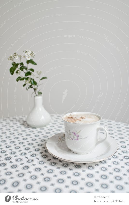 Beautiful White Flower Gray Living or residing Arrangement Beverage Table Clean Retro Round Coffee Clarity Kitchen Breakfast Tablecloth
