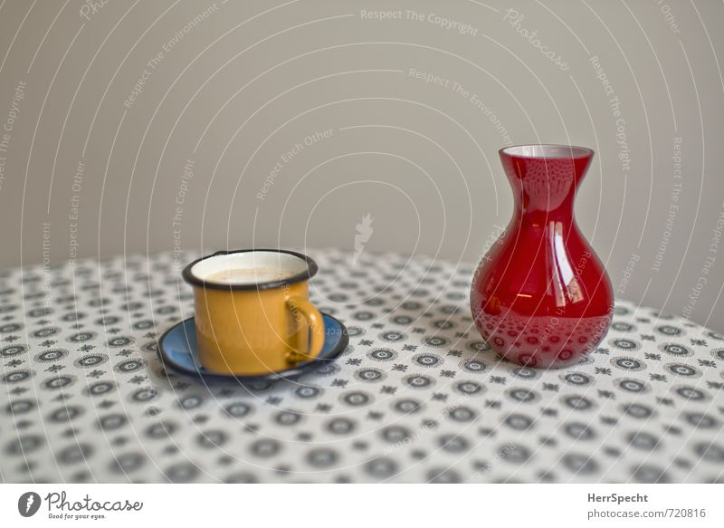 Cup (full), Vase (empty) Beverage Hot drink Coffee Living or residing Table Kitchen Beautiful Yellow Gray Red Empty Full Coffee cup To have a coffee Saucer Mug